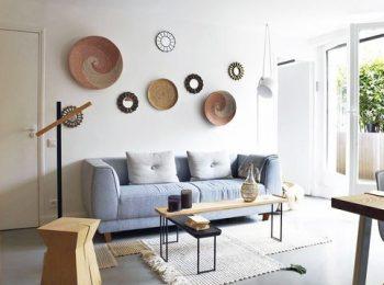 salon-chaleureux-entre-bois-et-beton-cire_5873699.jpg